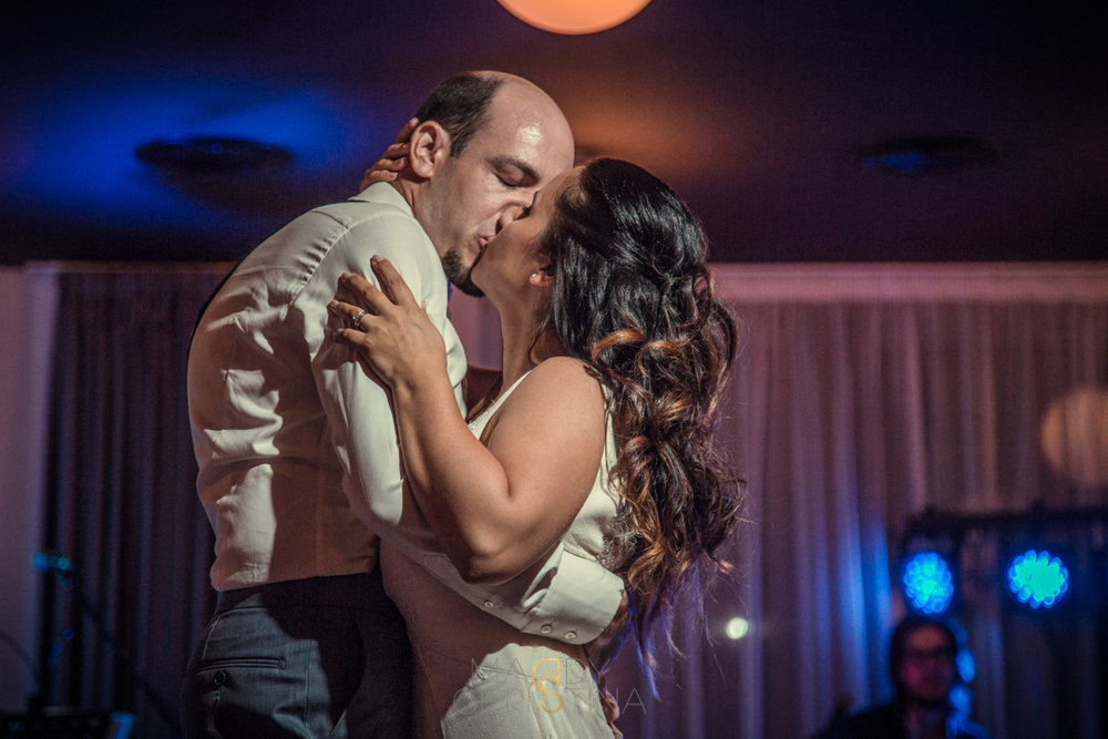first dance wedding portugal photographer