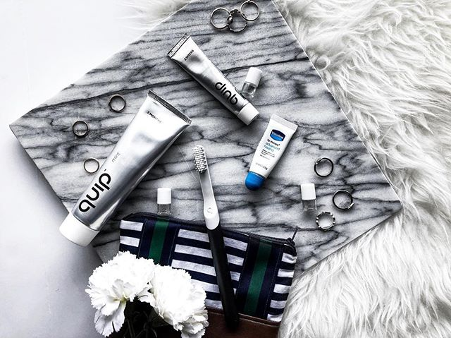 With Valentines day being tomorrow...I will be spending it home sick in bed which sucks because I wont get a chance to visit my favorite coffee spot! Ugh depressing! On the bright side I wont be breathing my coffee breathe in any cute guys face...if I did I would have this super chic @getquip toothbrush to save him & myself from the embarrassment! 🤣🤣 Do you guys have any Valentines day horror stories to share? Btw Quip only costs $25 so it makes the perfect gift for anyone you know who might need it! #getquip #sponsored