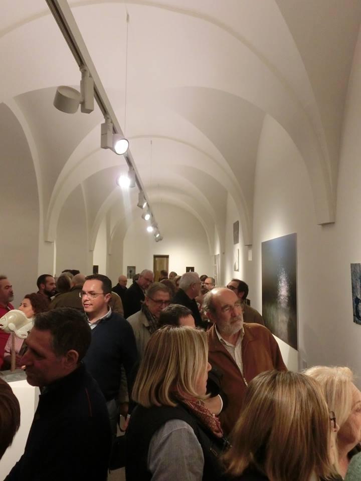 low-malthius-inauguracion-encuentros-y-certezas-posito-velez-malaga-eldevenir-art-gallery.jpg