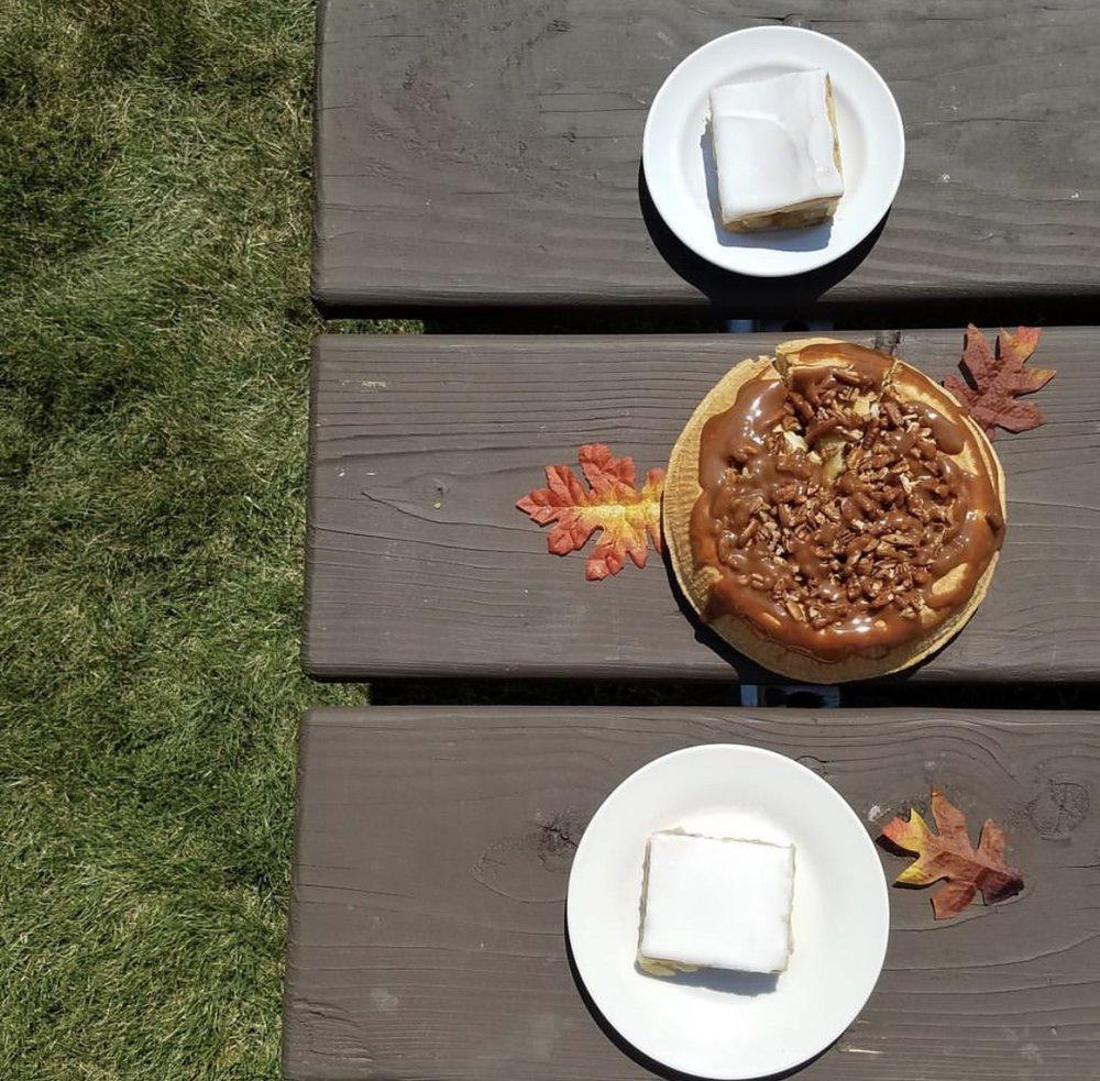 Caramel Apple Pecan Pie