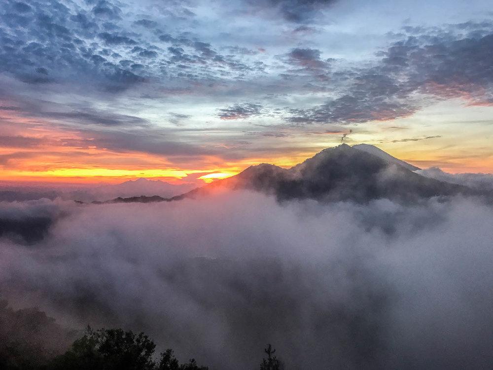 mount-batur-sunrise-trekking (2 of 14).jpg