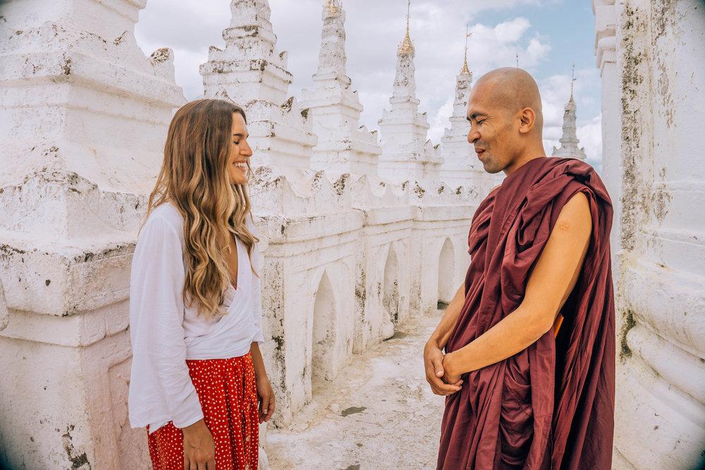 myanmar-mandalay-monk-laughing.jpg