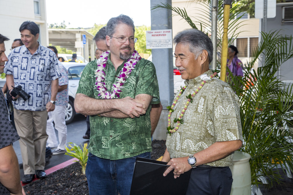 Pictured: Basis Founder & President Charlie Pick (left) and David Ige, Governor of Hawaii
