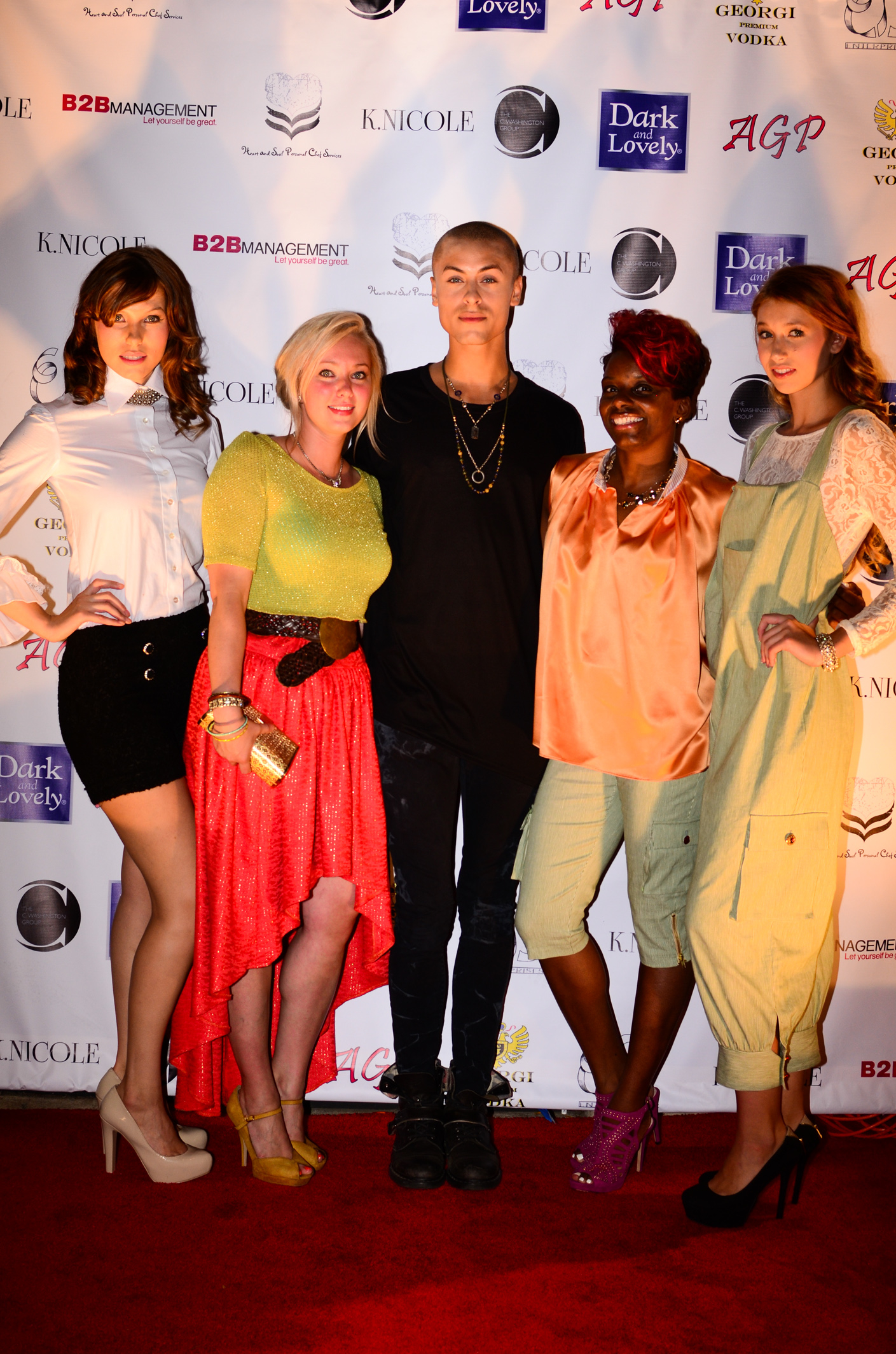 Models pose with designers Nicole Styer and Kera Anderson along with America's Next Top Model Cycle 20 Cory Minkoff