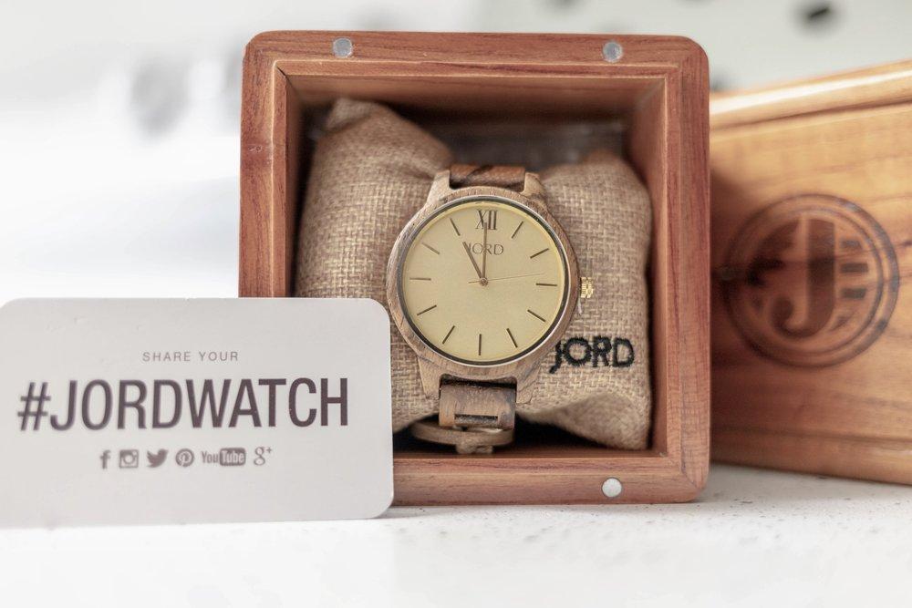 Custom Jord Watch & Box --- totally impressive !