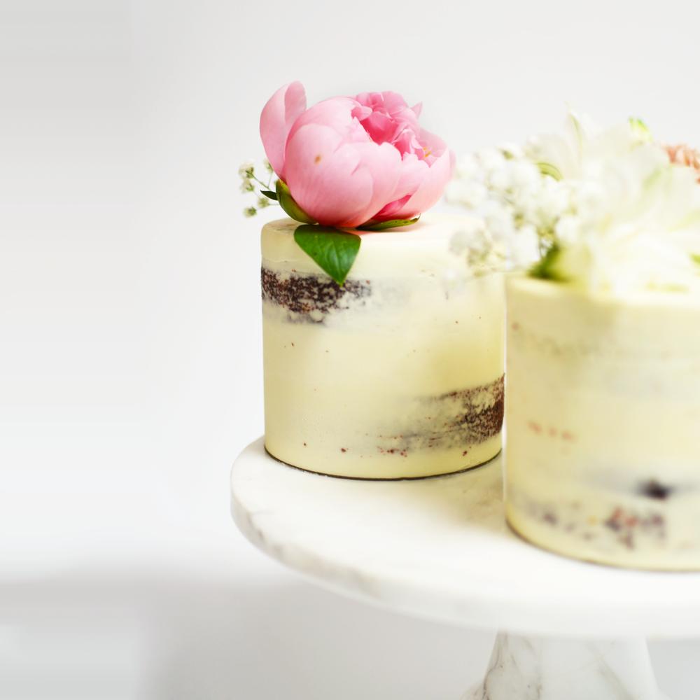 Petite Wedding Cake.png