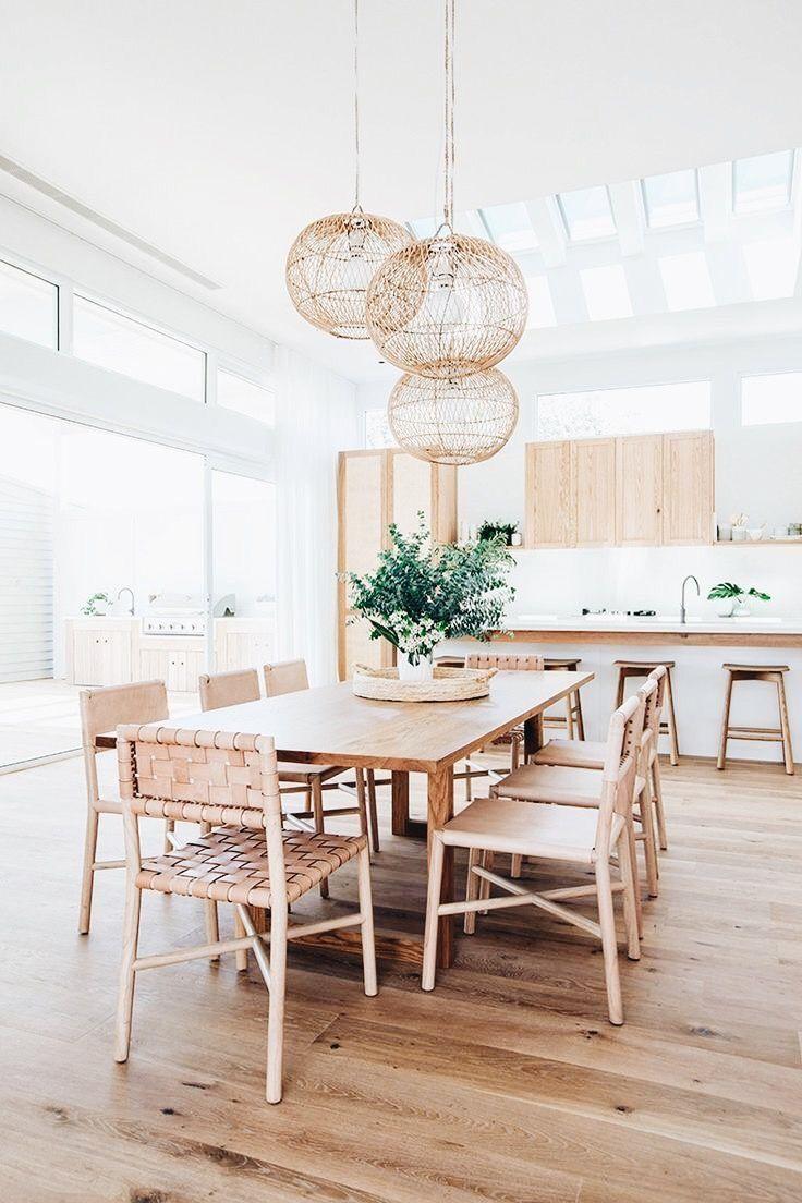 wood floors, accent lights