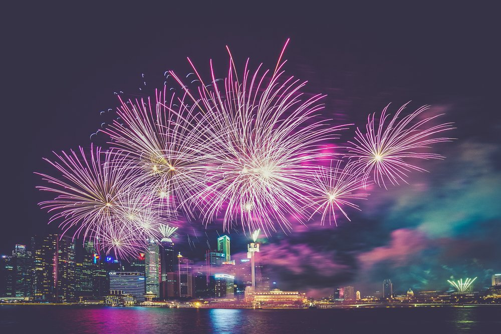 COUNTDOWN 2019 - Usher in 2019 with scrumptious food and free-flow drinks accompanied by a visual extravaganza of fireworks along Marina Bay. Expect good vibes and great tunes as you dance your way into the new year!