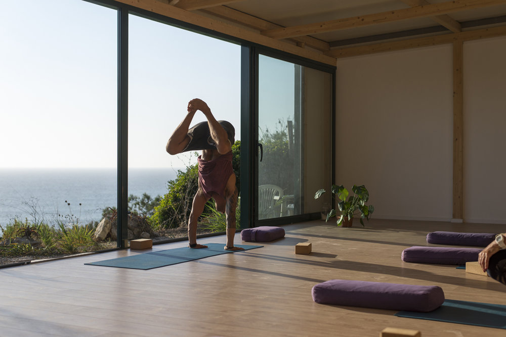 FOLLOW THE SUN YOGA RETREAT ERICEIRA