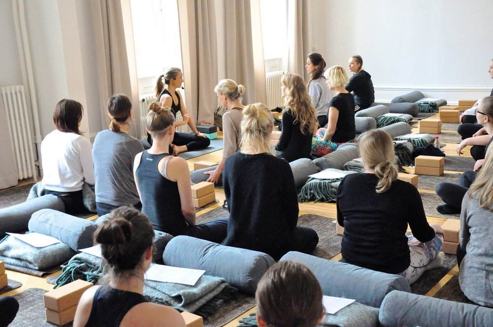 lisa andersson rhodiner infinite yoga malmo