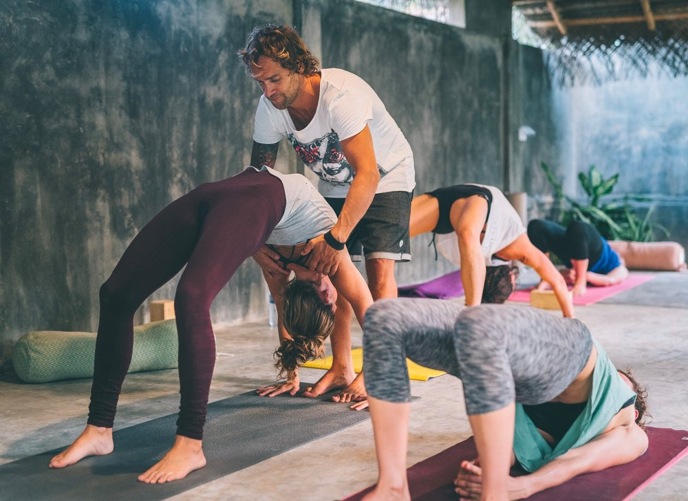 INSPIRO YOGA ERICEIRA PORTUGAL.  Why we love it and what you can and what you can expect in our classes.