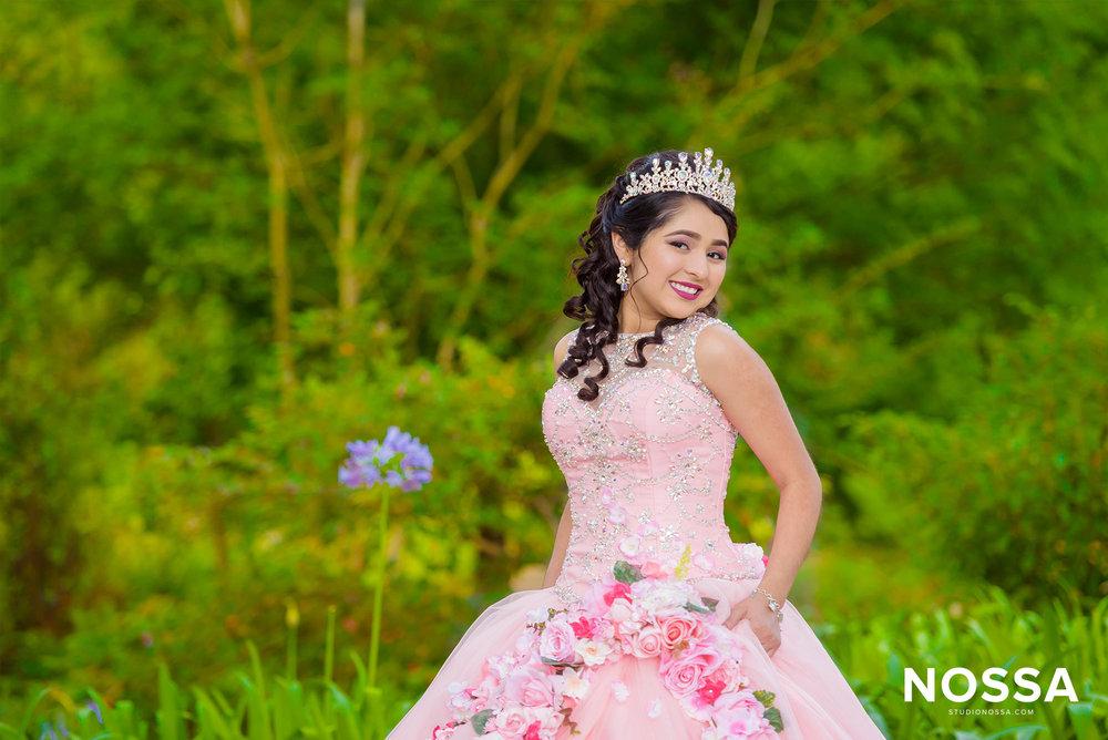 studio-nossa-photography-houston-quinceanera-wedding-me1.jpg