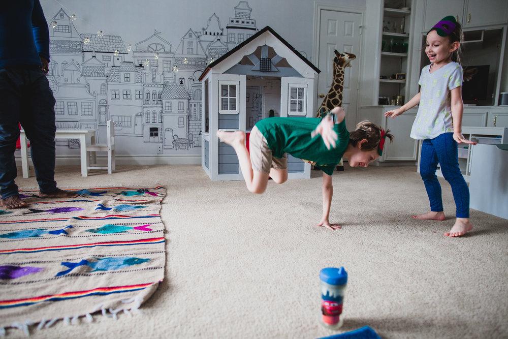 erin cummings photography in home session birthday ninja turtle yoga class