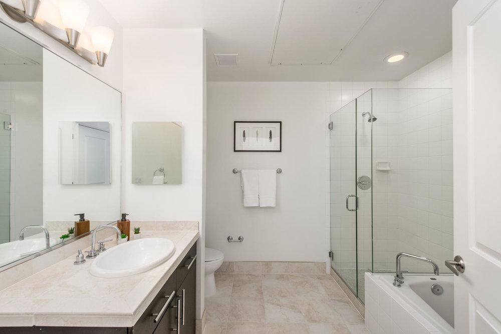 2958 Syracuse Street-MLS_Size-023-7-Master Bath-1800x1200-72dpi.jpg
