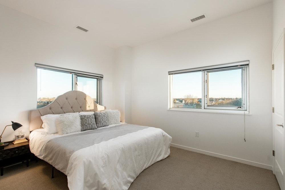 2958 Syracuse Street 401-022-62-Master Suite-MLS_Size.jpg