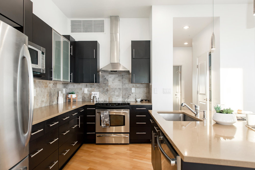 2958 Syracuse Street 401-016-48-Kitchen-MLS_Size.jpg