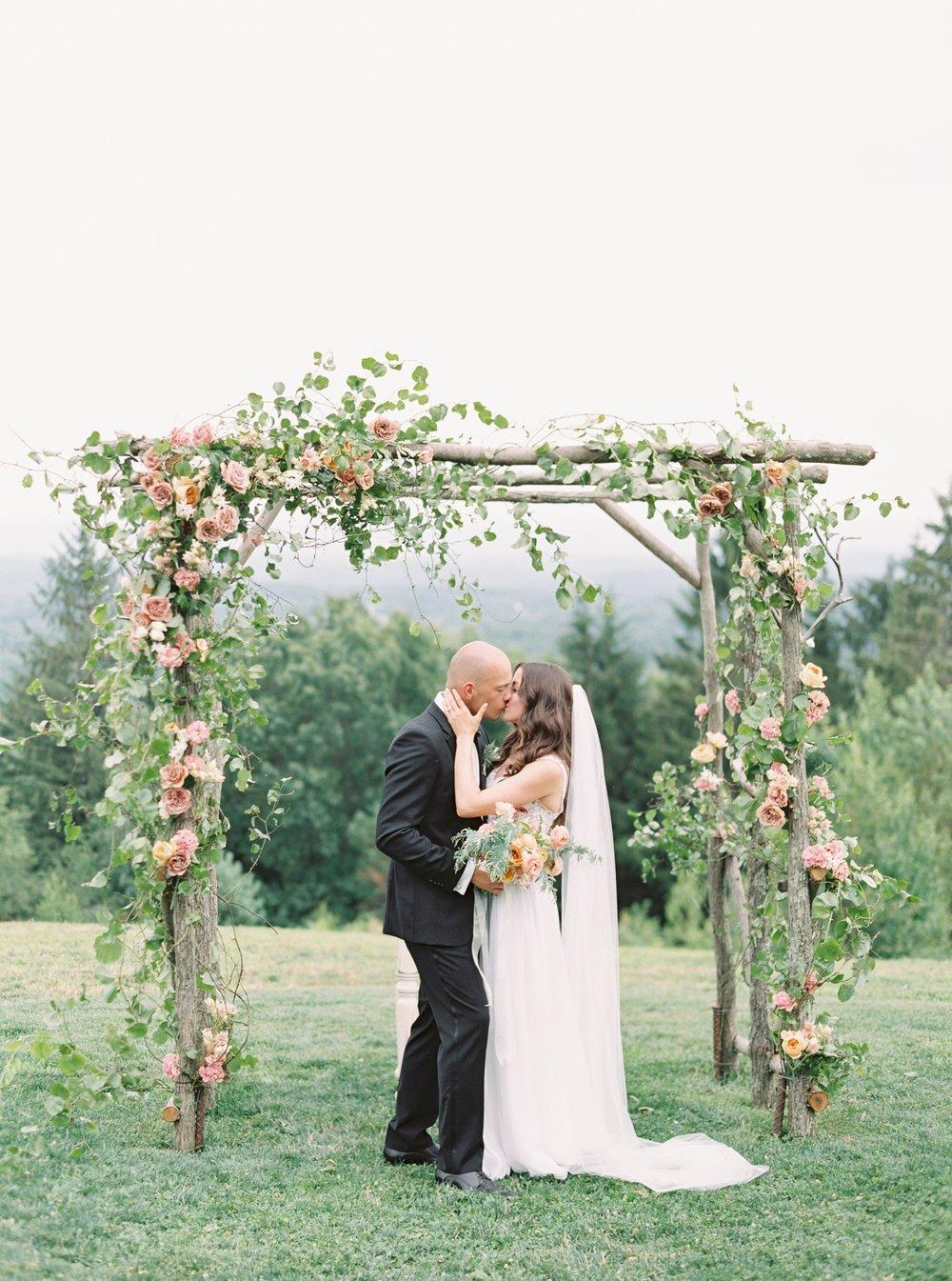 Cedar-Lakes-Estate-Wedding-Photography-Romantic-Film-Wedding-Photographer-Cedar-lakes_0011.jpg