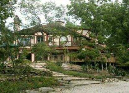 cypress-creek-cottage-10-exterior (1).jpg