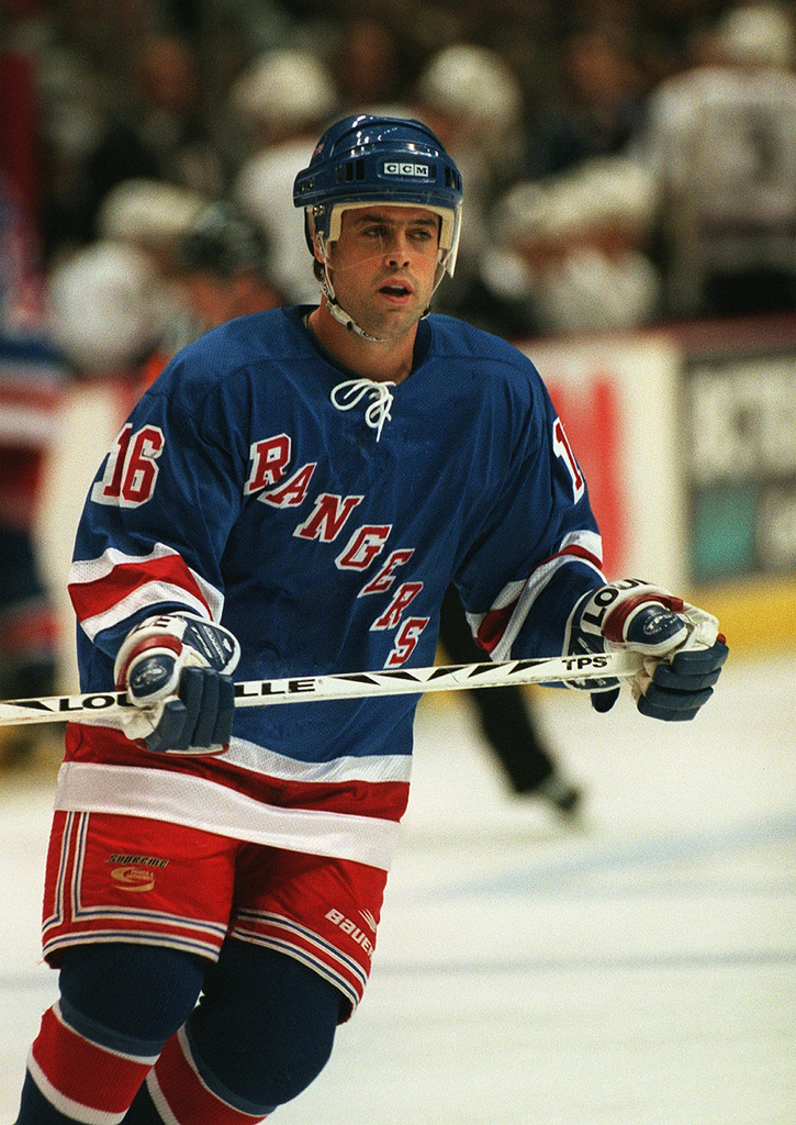 Backbone Honorable Member   National Hockey League (NHL) Hall of Fame, Pat LaFontaine