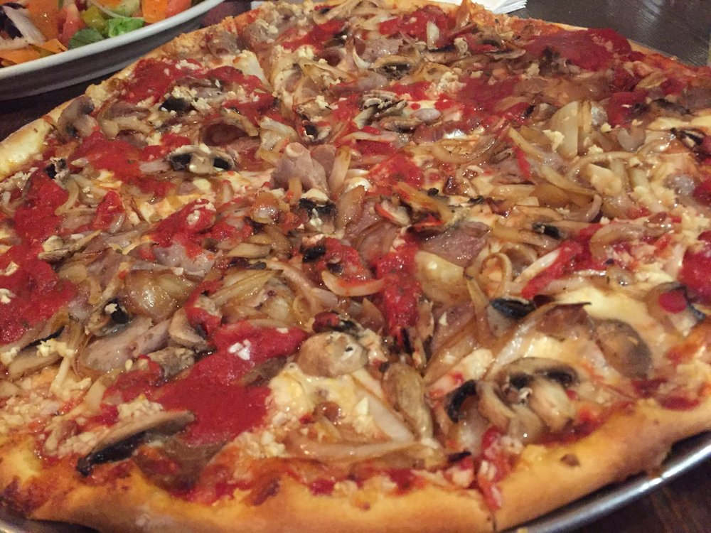 Primo Pizza_Sausage and Onions_KMartinelli Blog_Writer & Marketer.JPG