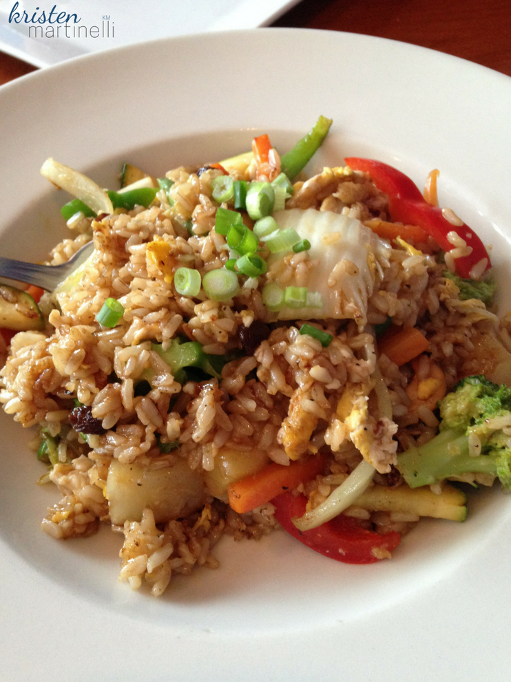 Khao Tip_Pineapple Fried Rice_KMartinelli Blog_Writer & Marketer