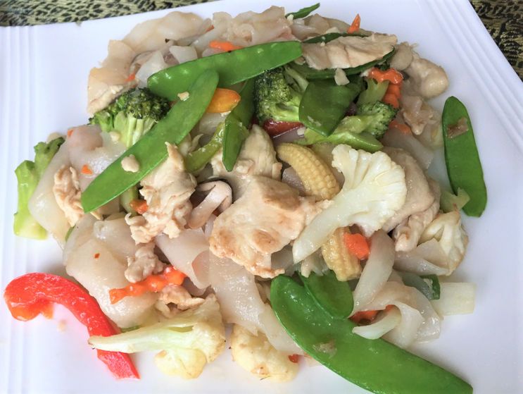Kristen Martinelli_Blog_Writer & Marketer_KMartinelli_Boonton NJ _ Thai Ping Restaurant.png