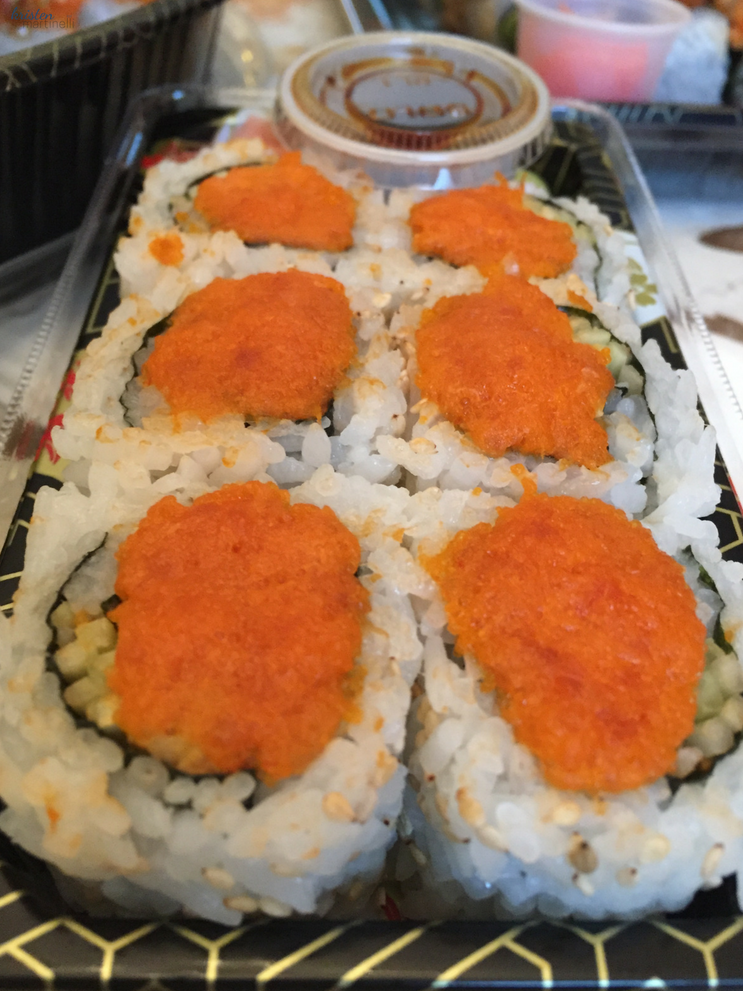 KMartinelli Blog_Kristen Martinelli_Writer & Marketer_Spicy Tuna Roll_Circle Farms Sushi_Route 23 NJ.png