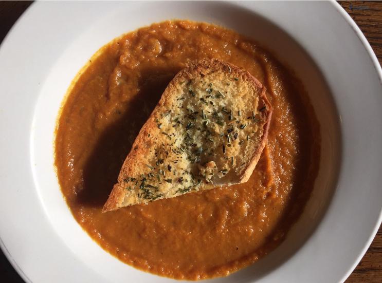 K. Martinelli Blog _ Food Blogger_ Digital Marketing _Easy Pumpkin Soup.png