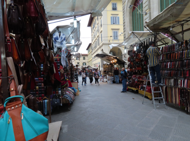 Osteria Pastella and the Central Market_Leather Market_Florence Italy_K. Martinelli Blog _ Kristen Martinelli.png