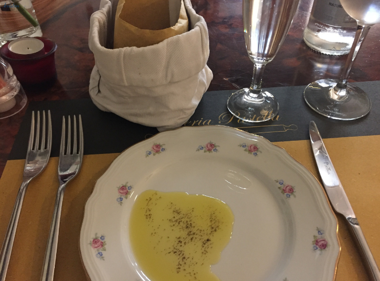 Osteria Pastella and the Central Market_Florence Italy_Olive Oil _ K. Martinelli Blog _ Kristen Martinelli.png