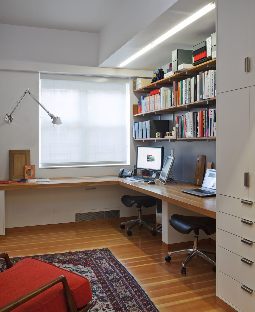 Modern Home Office design  by  New York Architect   Mabbott Seidel Architecture