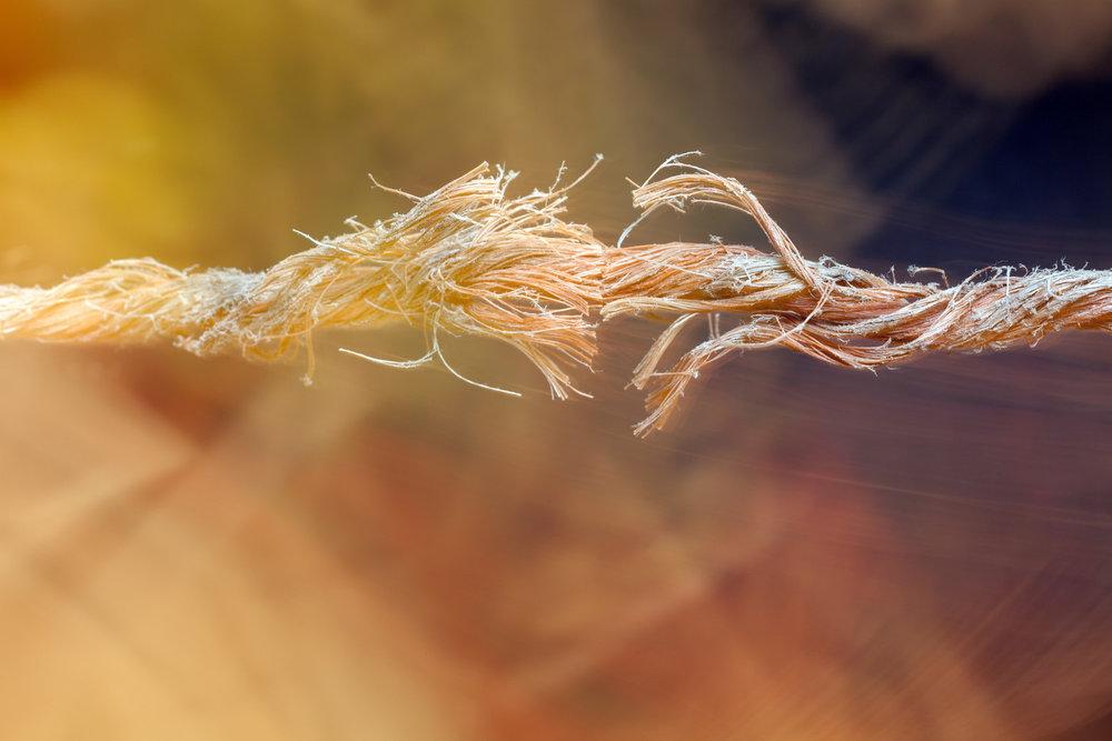 a459c115b9ee557956889e7dbdcb521950355400_rope-breaking.jpg