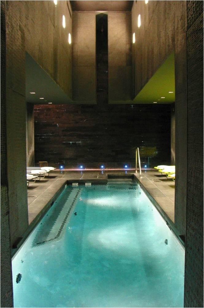 Bathhouse_6_Edit.jpg