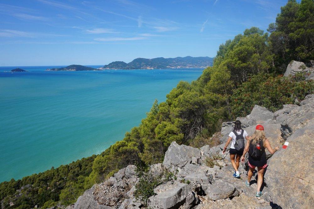 Hiking in Tuscany and Liguria