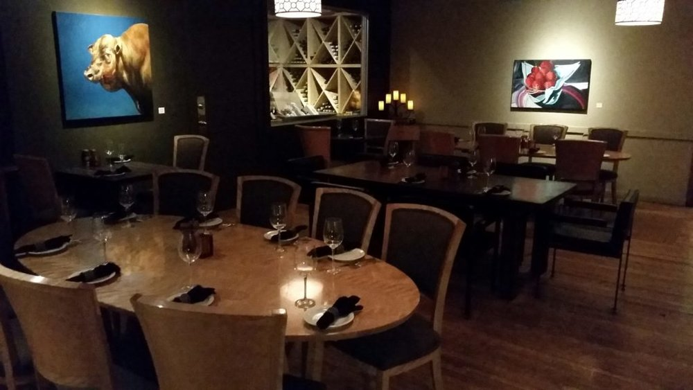 Open Range Function Seating For Large Groups - Cellar Room