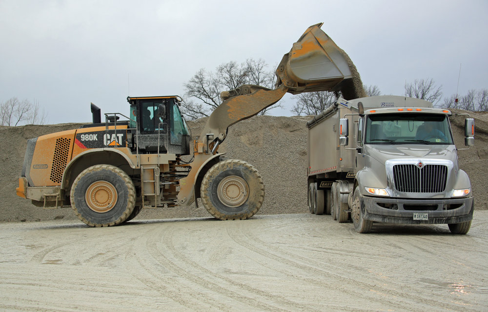 Demonstration of Caterpillar 980K 12 Ton Yard Loader - January 2013
