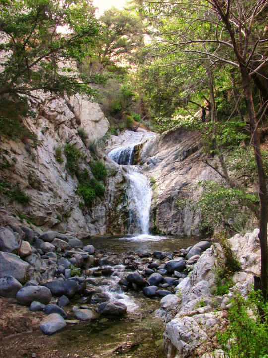 PEAK: Switzer Falls - DIFFICULTY: 2/5SCENERY: From waterfalls to sweeping views of the Angeles Nt'l Forest, this trail's got it all!Peaks and Pondering: Is water wet?