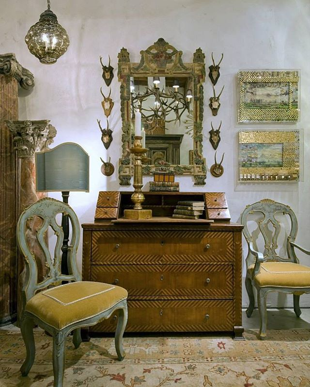 Check out this set up! Grey Glass Lantern (top left), A Repro of 19th C.  Venetian armchair. A lovely 1800's Italian desk with inlay details and leather writing area. With the final touch of an 19 C. Italian hand carved and painted mirror.