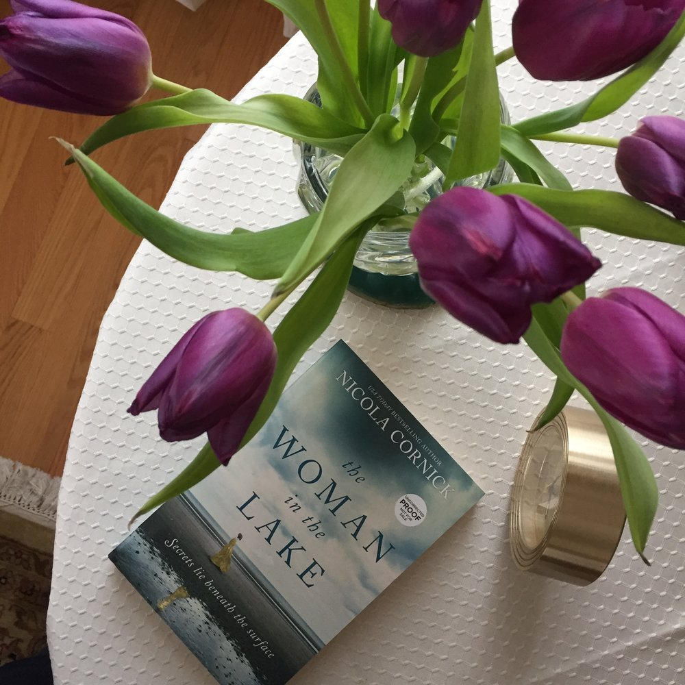 Book Review for THE WOMAN IN THE LAKE by Nicola Cornick