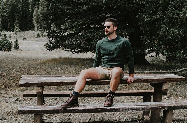 Who's ready to hit the trails this summer? 🙋🏻‍♂️🌲 • Photo by @wildphlowers 🌸 • #menswear #mensfashion #instagood #blog #blogger #liveauthentic #instaphoto #instafashion #ootd #outfitoftheday #fashion #instadaily #love #menstyle #fbloggers #dapper #gentleman #colorado #denverblogger #denver #instacool #hair #mensgrooming #fortcollins