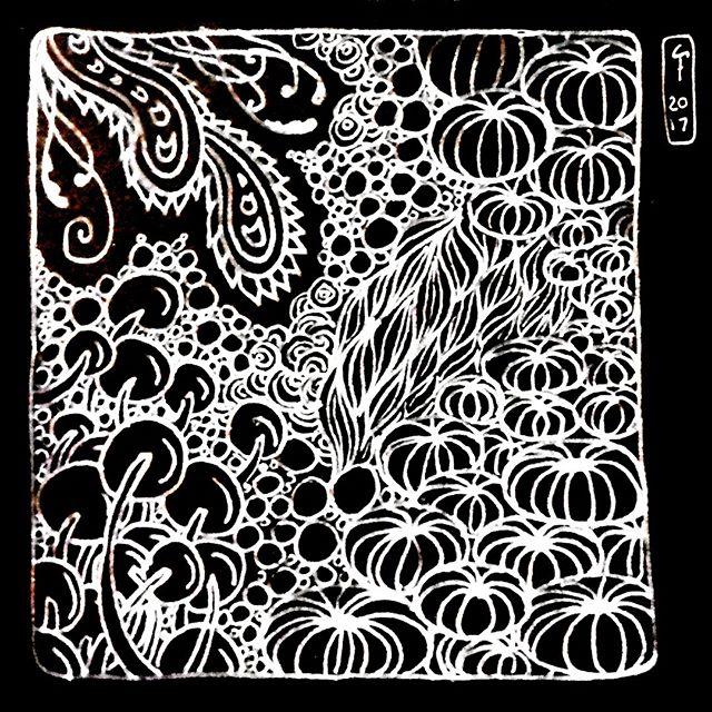 'Soft Curvy Forms' (2017) Zentangle Illustration