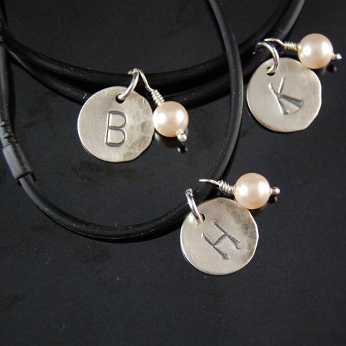 silicone mone bracelt set of 4 2.jpg