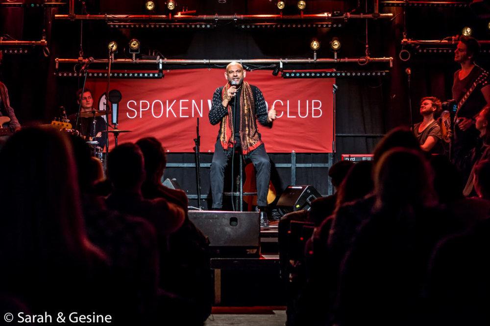 SpokenWordClub_Extra-10-von-13-1024x682 (1).jpg