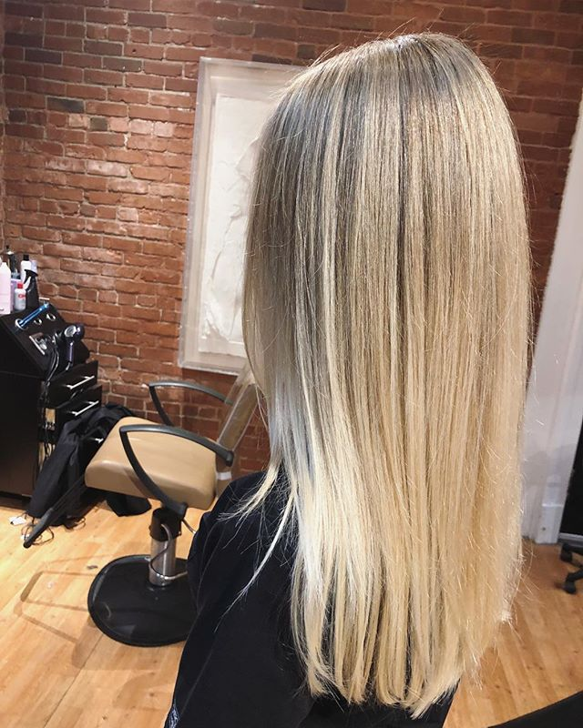 Cut and color by Sara @sdalbey1  #champaignstylist #champaignurbana #kaneandco #blondehair
