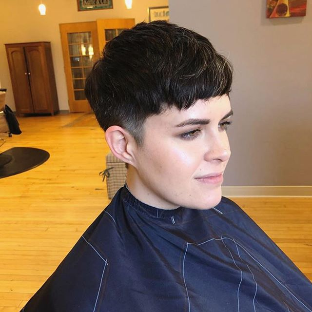Haircut by Carly!  #kaneandcosalon #kaneandco #champaignhairstylist