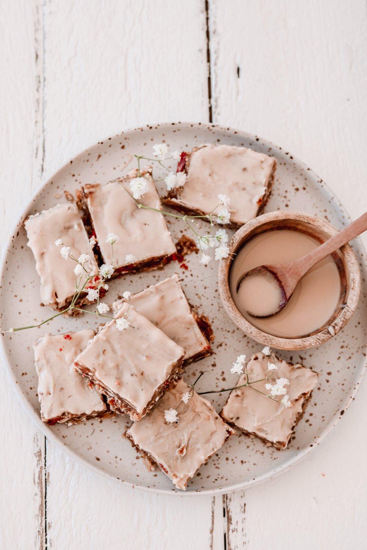 Crunchy tahini paleo slice -