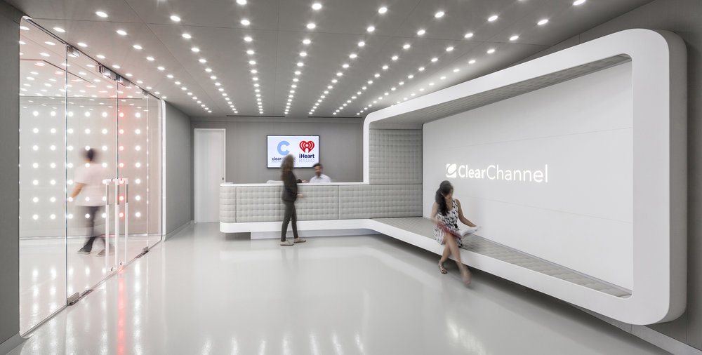 ClearChannel_002.jpg