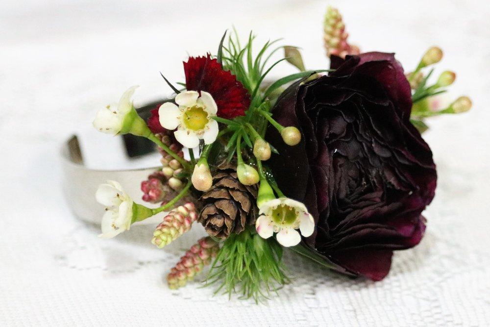 Lowe wedding flowers