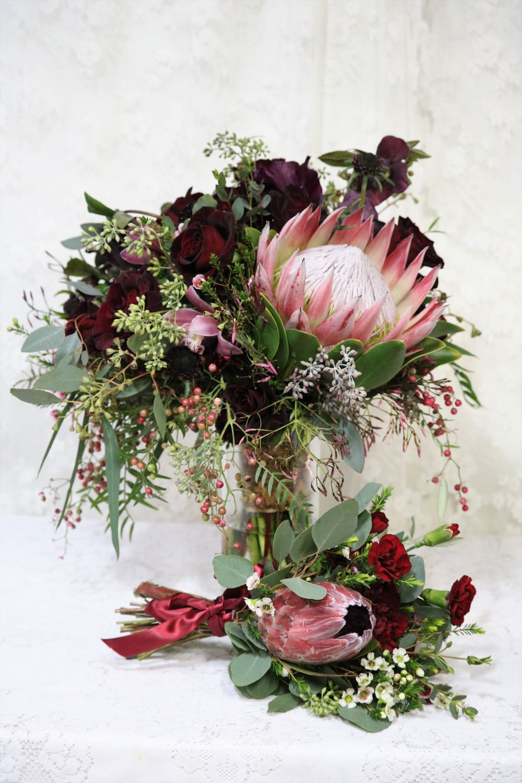 Spokane bridal bouquet and tossing bouquet