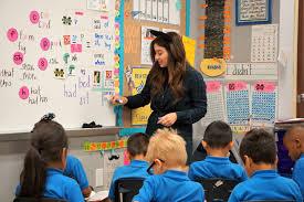 SCHOOLS - Build positive,collaborative classrooms,allowing teachersand pupils tofocus on learning.